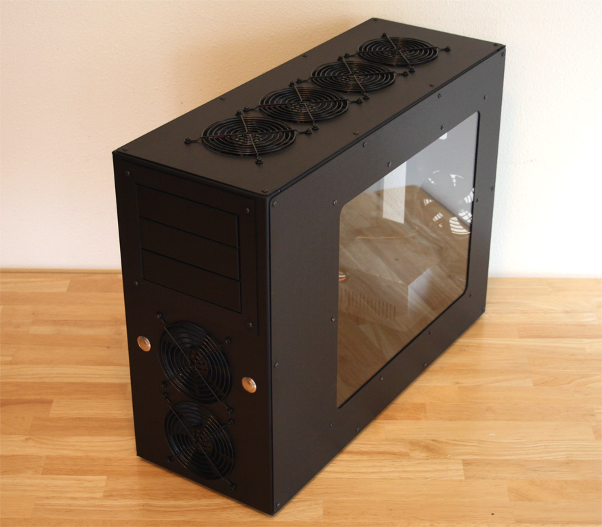 Monticle 24   CYO (Custom Computer Case)